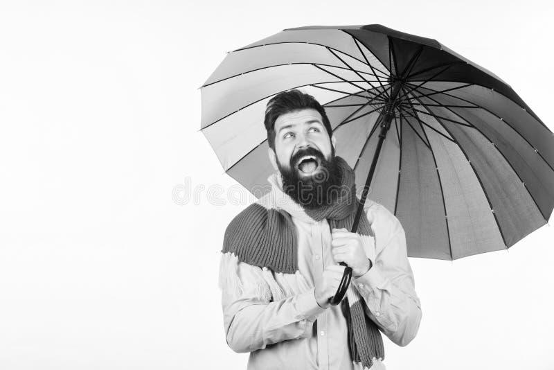 Parece chover Os dias chuvosos podem ser resistentes obter completamente Preparado para o dia chuvoso Despreocupado e positivo ap foto de stock royalty free