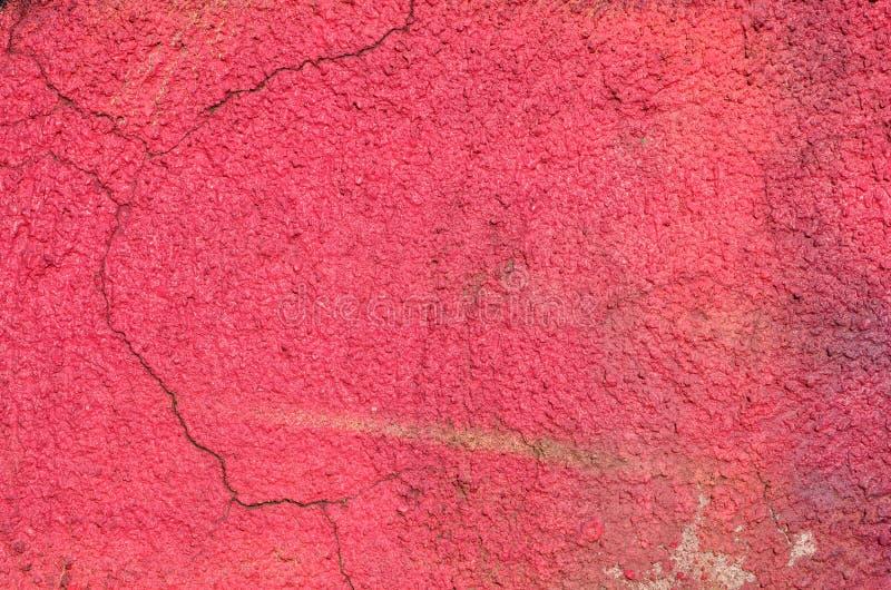 Pared agrietada rosada imagenes de archivo
