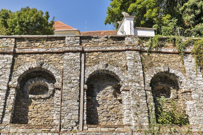 Pared antigua cerca del museo de Volkskunde en Graz, Austria fotos de archivo libres de regalías