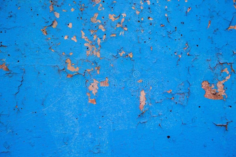 Pared con viejo estuco azul pelado fotos de archivo libres de regalías