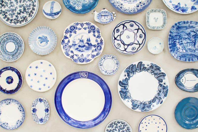 Pared de cerámica decorativa fotos de archivo