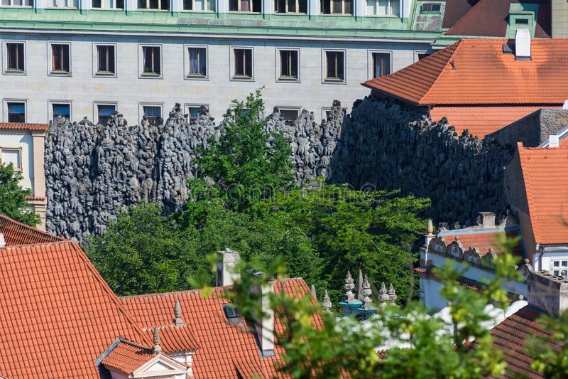 Pared de Dripstone en Praga fotos de archivo
