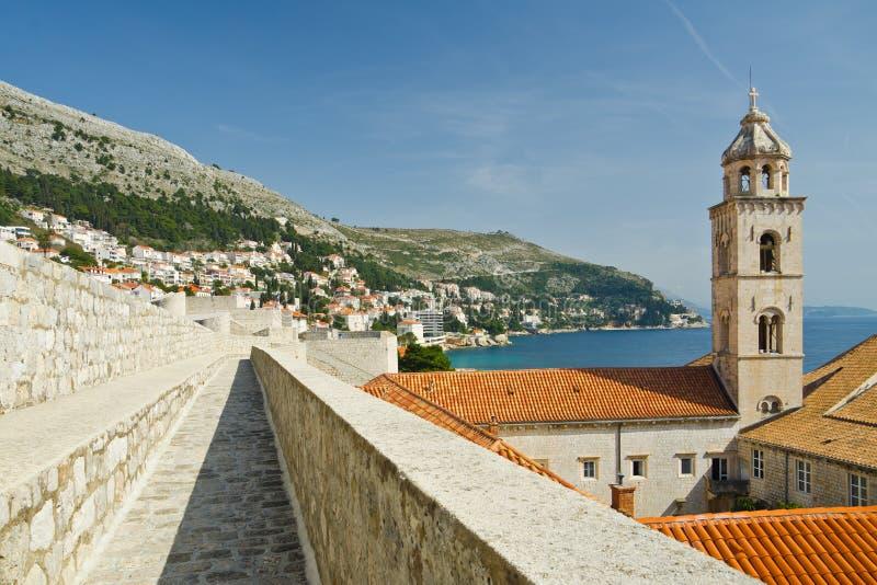 Pared de la defensiva de Dubrovnik que sorprende fotografía de archivo