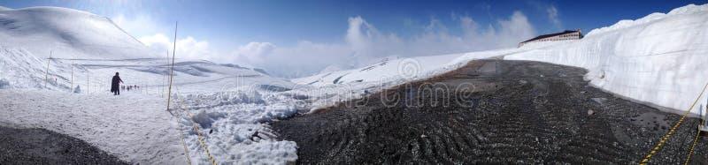 Pared de la nieve de la imagen del panorama fotos de archivo libres de regalías