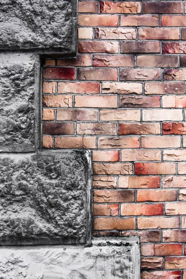Pared de la textura del rojo y del ladrillo de Brown fotografía de archivo