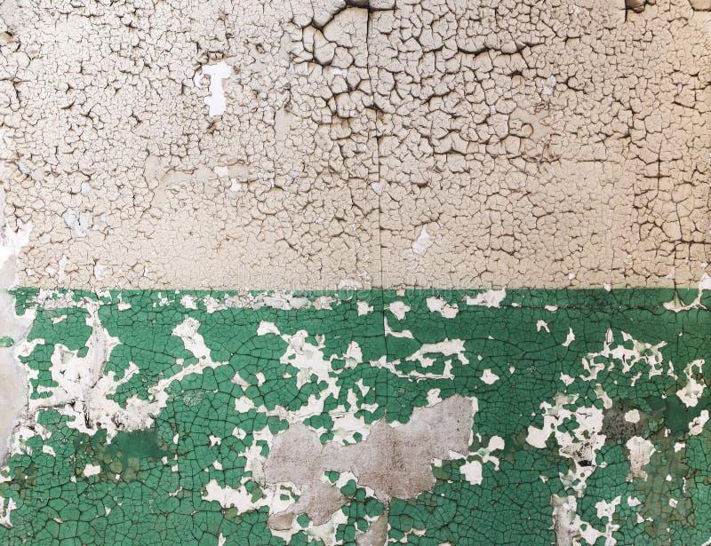 Pared de ladrillo del Grunge con la pintura de la explosión imagenes de archivo