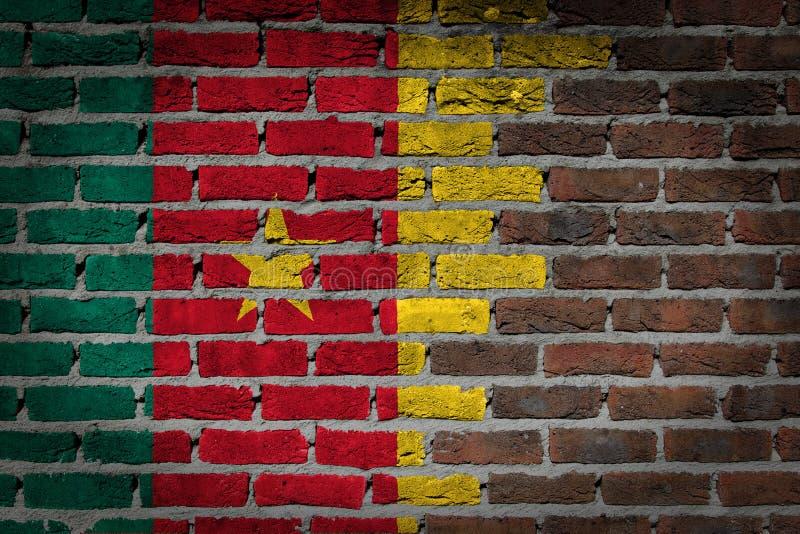 Pared de ladrillo oscura - el Camerún imagen de archivo