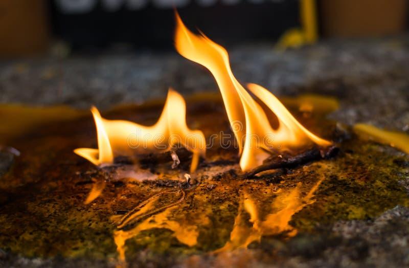 Download Pared de llamas foto de archivo. Imagen de resplandor - 42442710