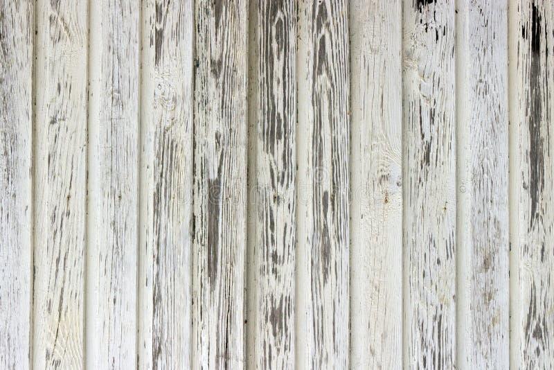 Pared de madera pintada viejo blanco foto de archivo libre de regalías