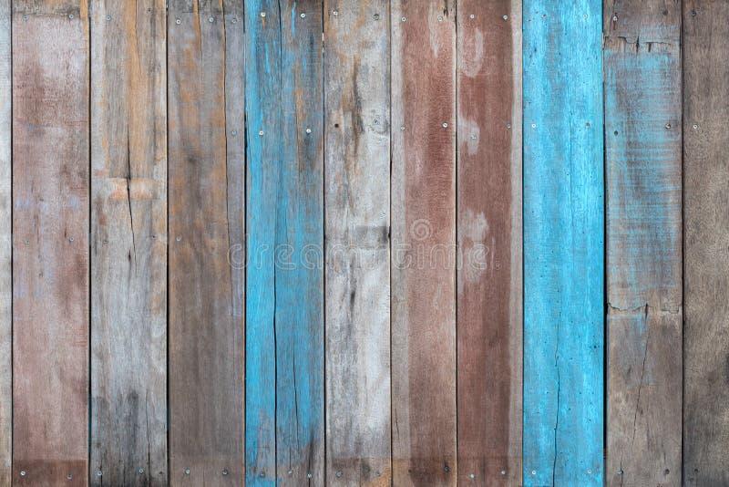 Pared de madera vieja con el azul antiguo foto de archivo