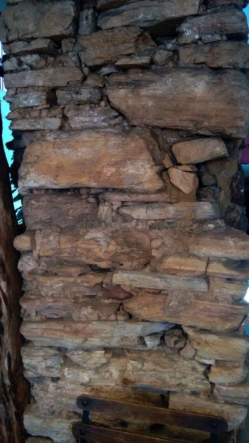 Pared de piedra del siglo del período colonial foto de archivo libre de regalías