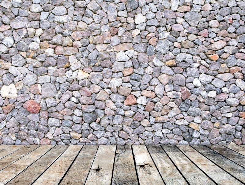 Pared de piedra en estilo moderno interior del sitio de madera del piso imagen de archivo