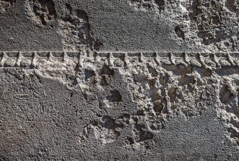 Pared de piedra erosionada foto de archivo libre de regalías