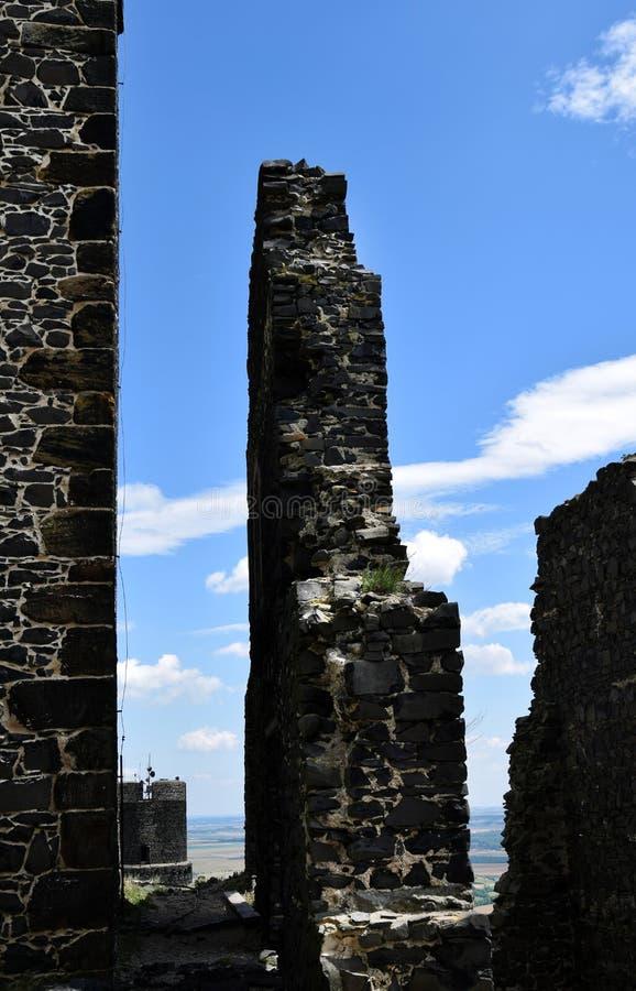 Pared del castillo - Hazmburk imagen de archivo libre de regalías