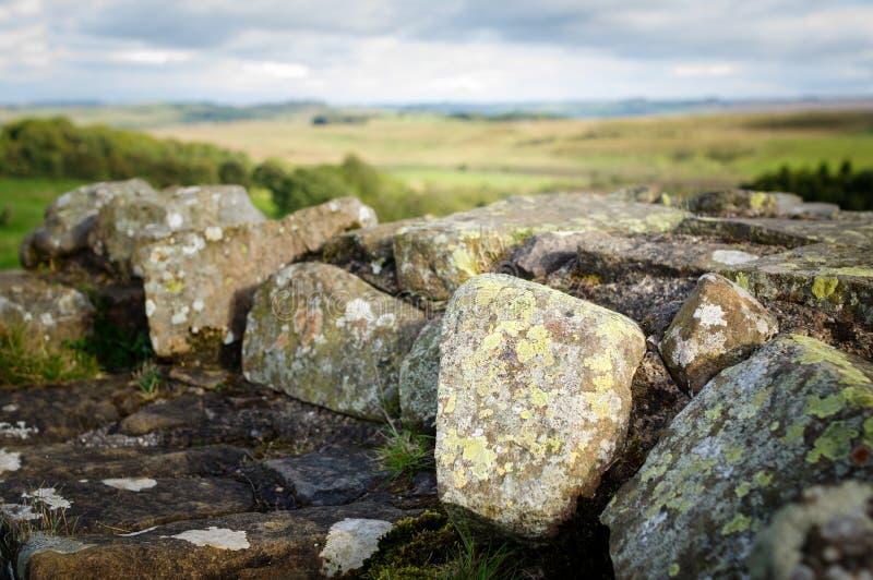 Pared del ` s de Hadrian en los riscos de Walltown imágenes de archivo libres de regalías