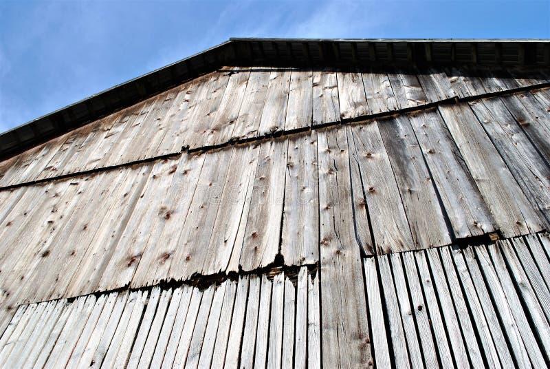 Pared vieja del granero foto de archivo