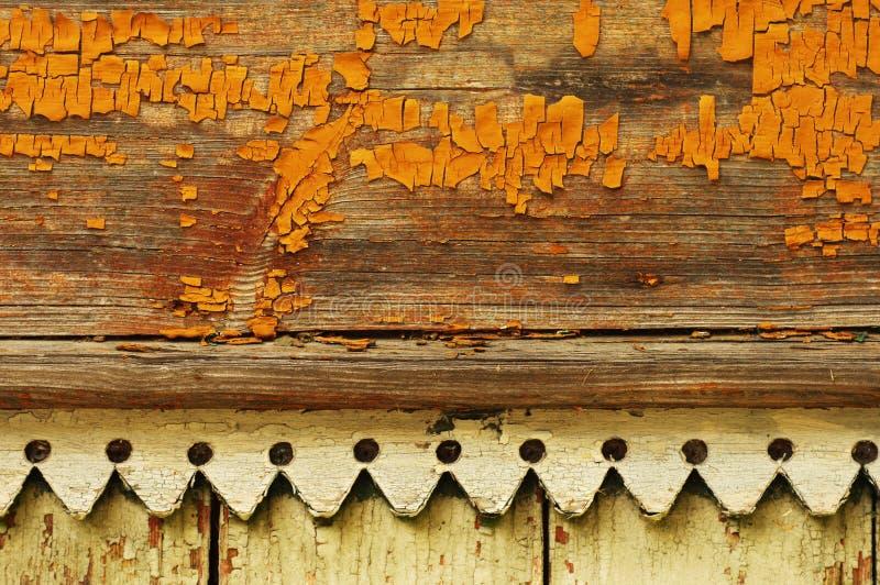 Pared vieja pintada amarillo fotos de archivo