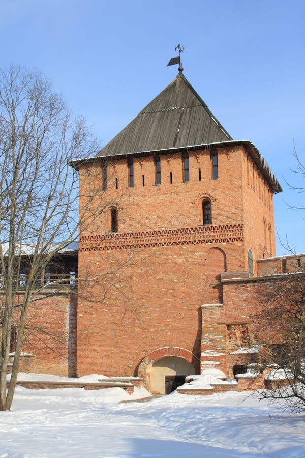 Pared y torre de Kremlin, Veliky Novgorod, Rusia imágenes de archivo libres de regalías