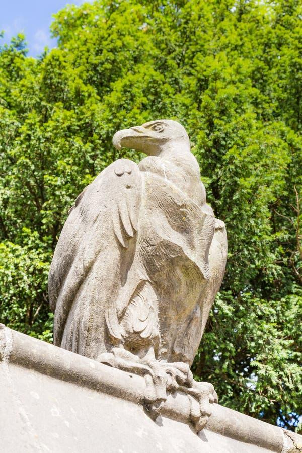 Parede animal perto do castelo em Cardiff, Gales, Reino Unido imagens de stock