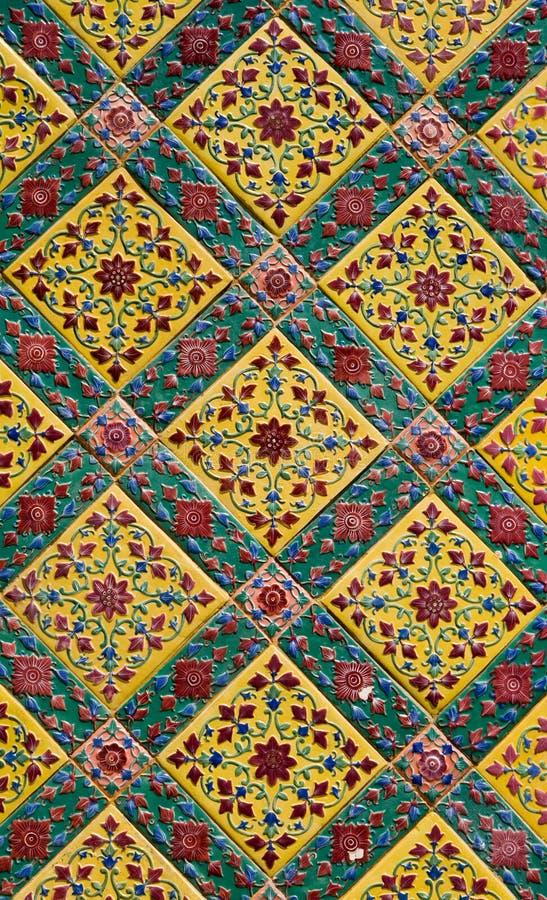 Parede cerâmica antiga da telha fotografia de stock