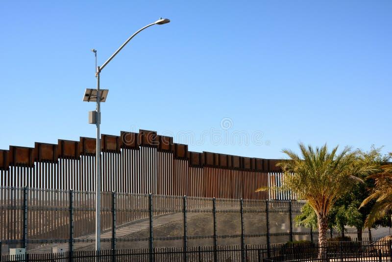 Parede da beira no distrito de San Ysidro de San Diego California imagens de stock royalty free