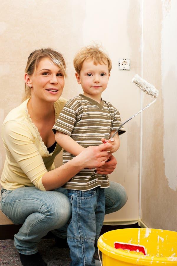 Parede da pintura da família da HOME nova fotografia de stock royalty free