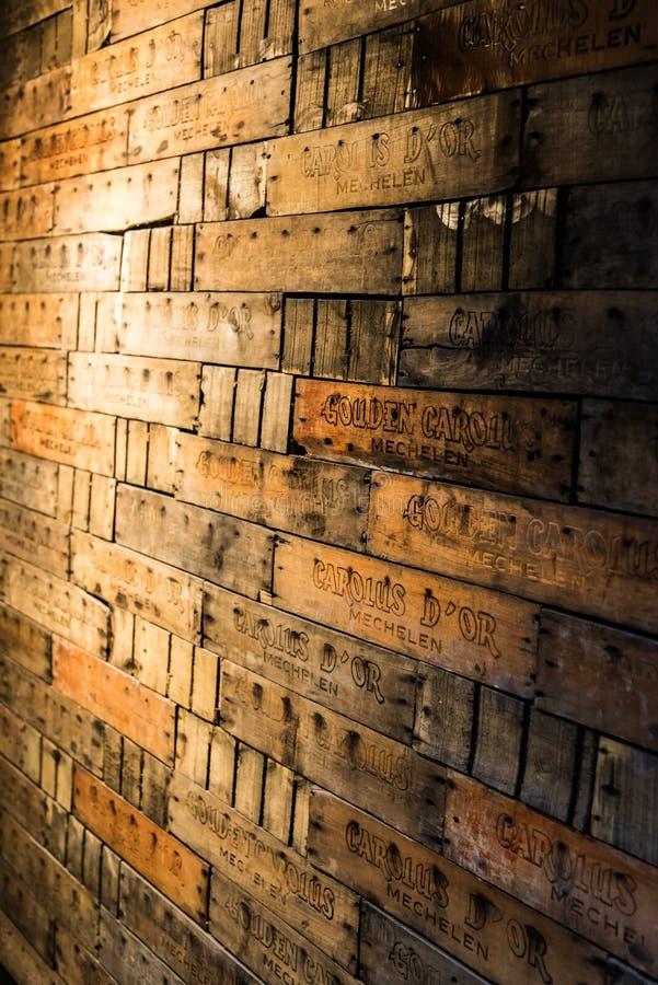Parede de Carolus Beer Crates fotos de stock