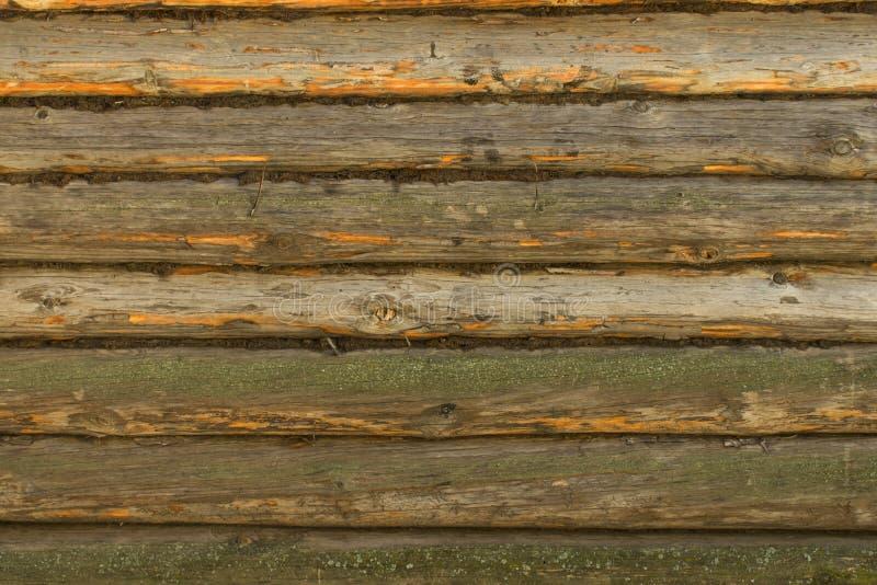 Parede de madeira velha dos logs fotos de stock royalty free
