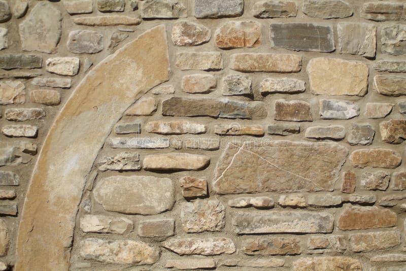 Parede de pedra com uma parte grande foto de stock royalty free