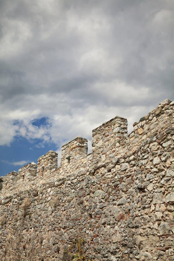 Parede de pedra no castelo imagem de stock