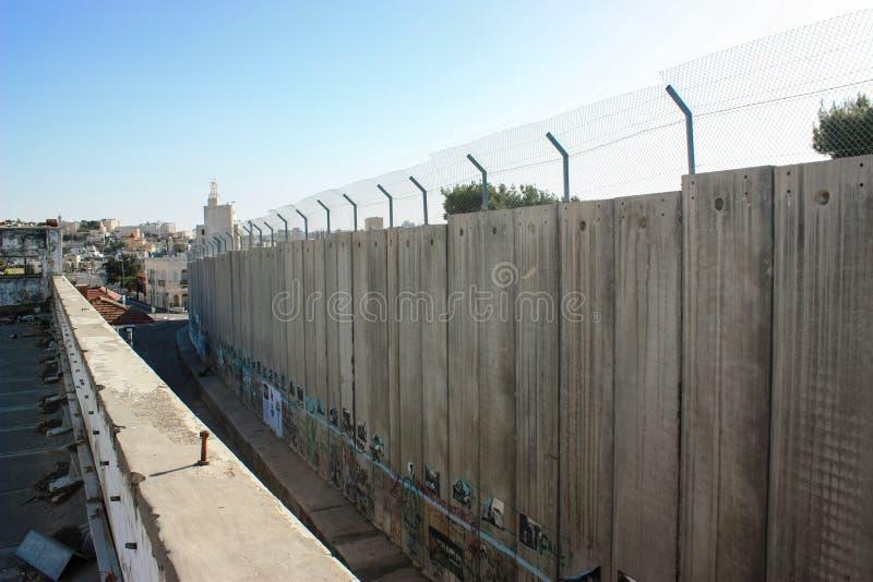 Parede de separação entre os territory's palestinos ocupados e fotos de stock royalty free