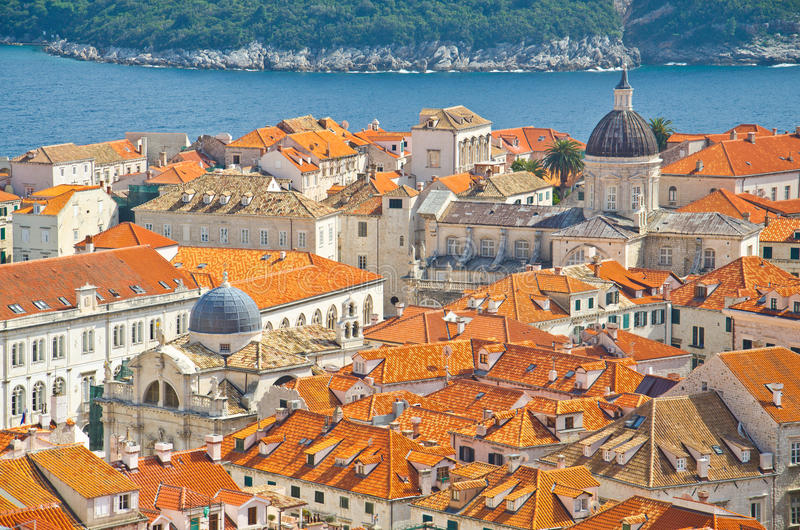 Parede de surpresa do defensivo de Dubrovnik imagens de stock royalty free