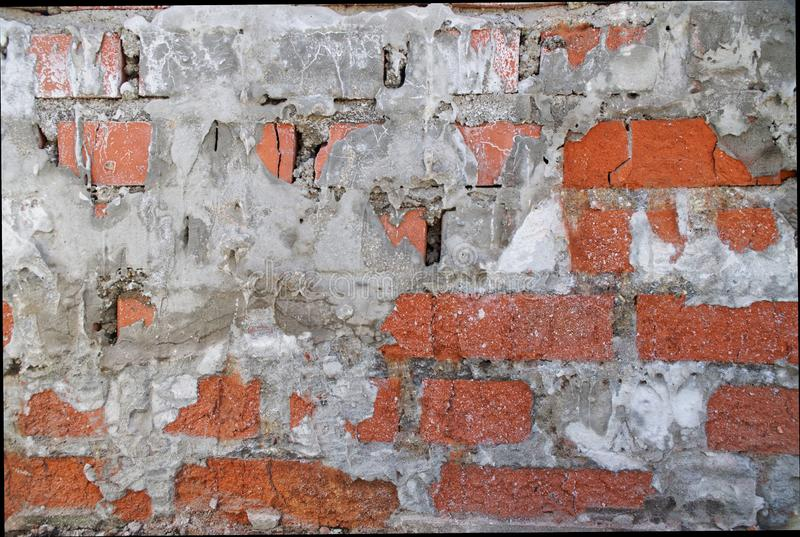 Parede de tijolo da casa velha, constru?da no meio do s?culo passado Fundo fotografia de stock royalty free