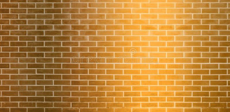 Parede de tijolo, fundo amarelo dourado da textura da parede de tijolos para o projeto gráfico ilustração stock