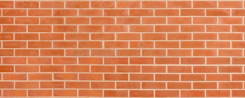 Parede de tijolo marrom vermelha do vintage com estrutura gasto Fundo largo horizontal do brickwall Textura suja da parede vazia  foto de stock royalty free