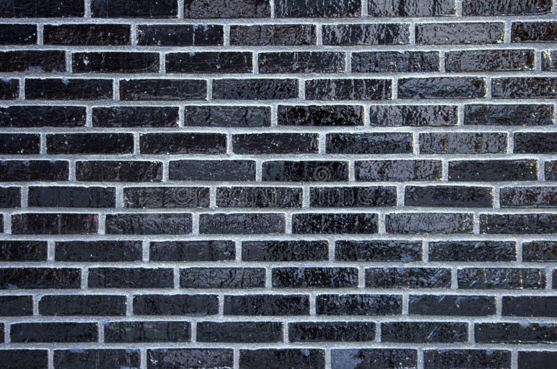Parede de tijolos vitrificados fotos de stock