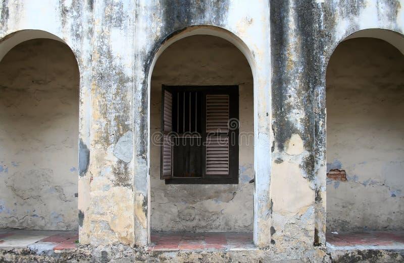 Parede de um edifício velho foto de stock