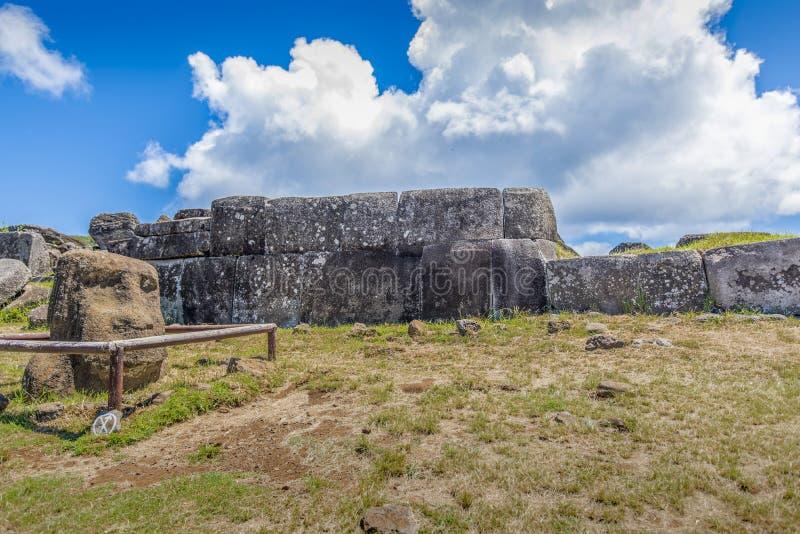 A parede do Inca de Ahu Vinapu fotografia de stock royalty free