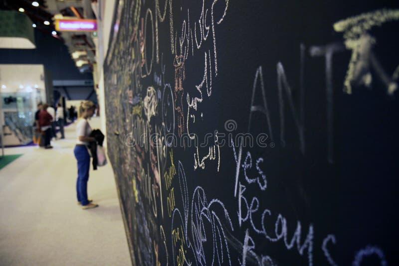Parede dos grafittis em Londres fotografia de stock royalty free