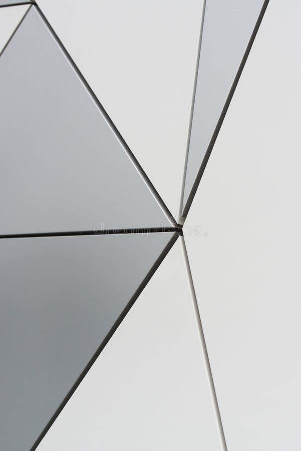 Parede dos painéis compostos triangulares foto de stock