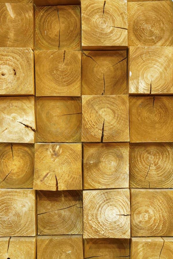 Parede empilhada dos logs, textura concreta fotografia de stock royalty free