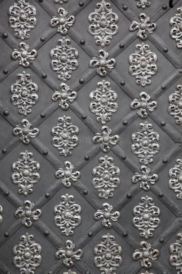 Parede medieval do metal imagens de stock