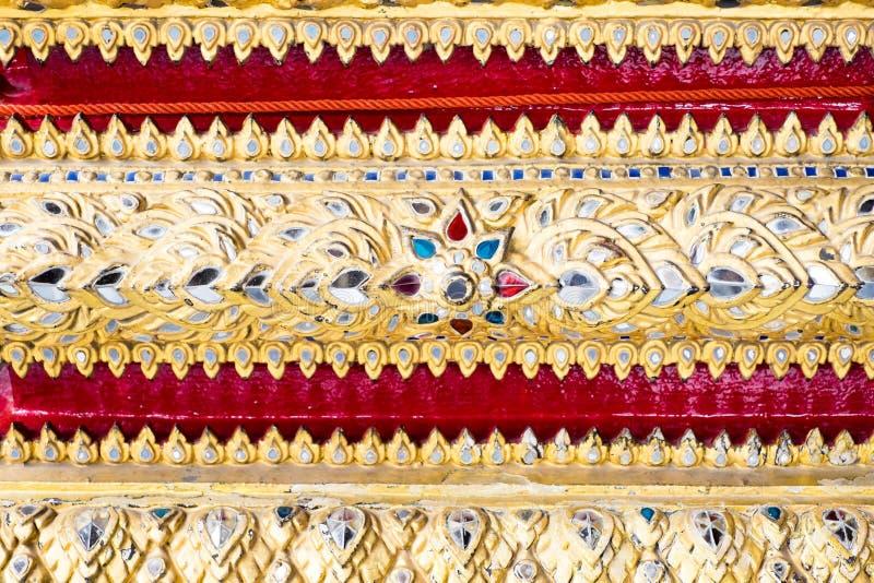 Download Parede Tailandesa Da Arte Do Teste Padrão, Fundo Da Textura Imagem de Stock - Imagem de estilo, ofício: 65580369
