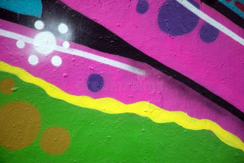 Parede urbana dos grafittis foto de stock