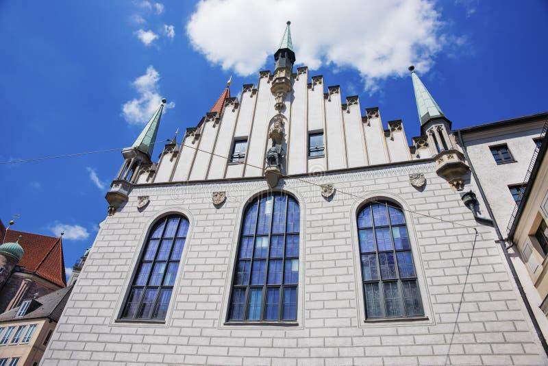 Parede velha da câmara municipal de Munich fotografia de stock royalty free