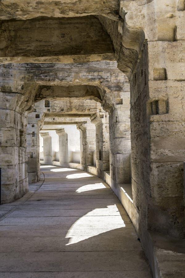 Paredes da arena famosa em Arles fotografia de stock royalty free