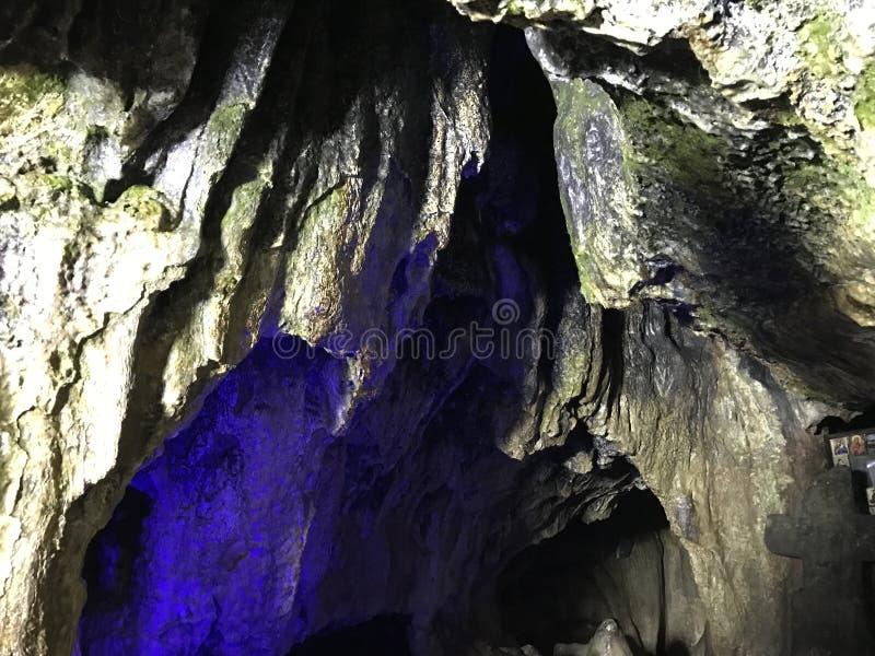 Paredes da caverna de Ialominta fotos de stock royalty free