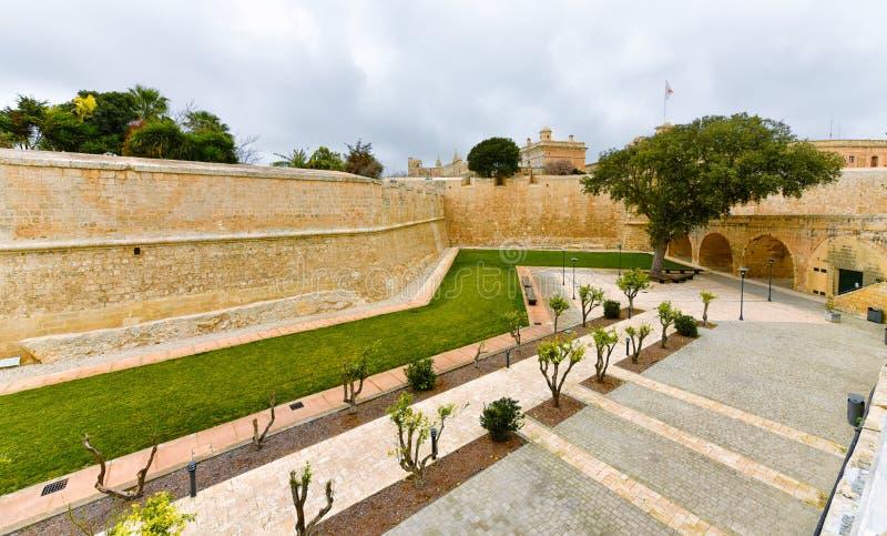 Paredes da cidade de Mdina, Malta fotografia de stock