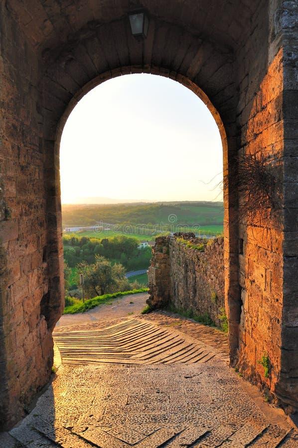 Paredes da cidade de Monteriggioni fotografia de stock