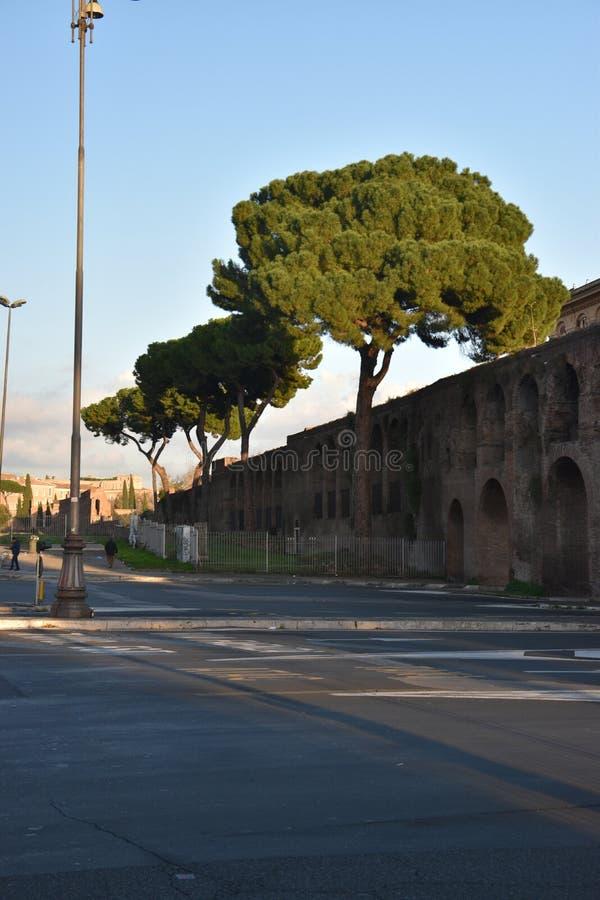 Paredes de Aurelian, Roma, Italia imágenes de archivo libres de regalías